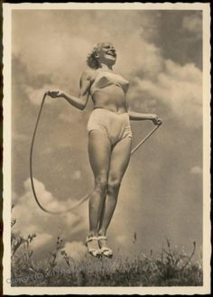 Schoenheit der Gymnastik - Seilspringen II / Beauty of Gymnastics — Jumprope II Real Photo card showing the benefits of a clean NS lifestyle.