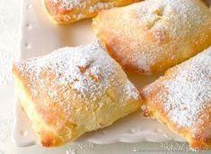 Koperty z budyniem i wiśniami. Polish Desserts, Polish Recipes, Baking Recipes, Dessert Recipes, Torte Recipe, Sweet Pastries, Sweet Desserts, Sweet Bread, Tasty Dishes