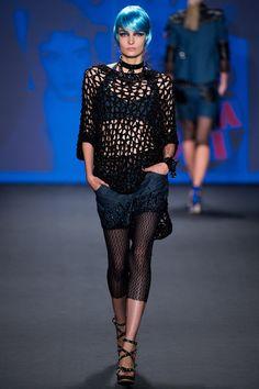 Anna Sui Spring 2013 Ready-to-Wear Fashion Show - Zuzanna Bijoch