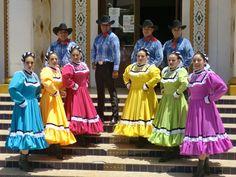 Trajes típicos de Coahuila.