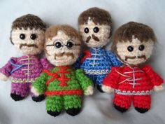 The Beatles amigurumi crochet Crochet Gifts, Cute Crochet, Crochet Dolls, Knit Crochet, Amigurumi Doll, Amigurumi Patterns, Crochet Patterns, Crochet Music, Crochet Decoration