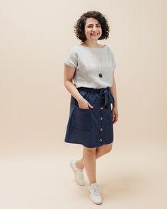 Schnittmuster Rock und Blusenshirt Bloom - Rock selbst nähen - Schnittduett Tweed, Diy Kleidung, Bloom, Elegantes Outfit, Denim Skirt, Sewing, Skirts, Diy Blog, Outfits