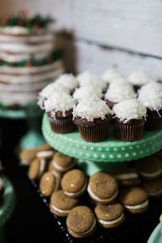 Holiday cupcakes! Ch
