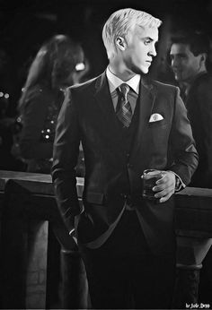 Three piece suits: the classiest attire for men. Mixed with the fact that it's Tom Felton means its an impossibly classy/sexy picture.