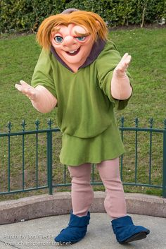 *QUASIMODO ~ The Hunchback of Notre Dame, released: 1996..... DLP Feb 2013 - Meeting Quasimodo
