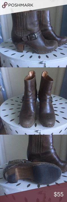 "RARE Dasnko studded booties Great condition. Light wear (see heel pic). Unfinished/distressed leather is intentional. Heel height  2.5"". Like all dansko's-sooo comfy! Dansko Shoes Ankle Boots & Booties"