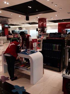 Virgin store Bahrain peeps ready to doodle!