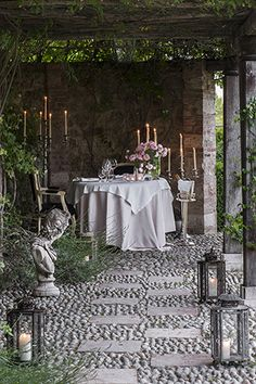 outdoor dining space... rustic, elegant, inspiring
