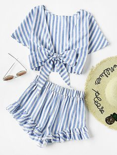 Romwe Plunging Bow Tie Two Way Top And Ruffle Shorts SetL