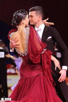 I thought this ballroom dress looked so nice, the sleeves really intrigued me