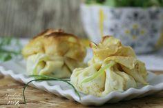 Il sapore delicato e gustoso delle Crespelle ripiene con stracchino e asparagi, le rende un piatto davvero raffinato, oltre che di piacevole impatto visivo.