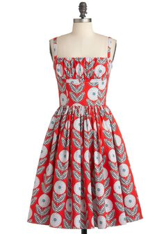 Bernie Dexter Mod Cloth Paris Dress - What A Dahlia Chrysanthemum