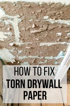 repair interior Removing wallpaper or tile can make a mess of your drywall, but it can be fixed! Ill show you how to repair torn drywall paper with Zinsser Gardz surface sealer and have it looking like Deep Cleaning Tips, House Cleaning Tips, Cleaning Hacks, Drywall Repair, Fixing Drywall, Plaster Repair, Cleaning Painted Walls, Diy Home Repair, Glass Cooktop