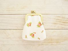 Kiss lock coin purse mini tiny wallet pouch clip frame change purse rose flower peach red green vintage cotton white lining gold frame gift by poppyshome on Etsy