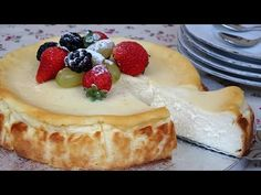 TARTA DE QUESO PHILADELPHIA (Super Fácil) SIN BATIDORA, SIN LICUADORA🤩PHILADELPHIA CHEESE CAKE - YouTube Sweet Bread, Cheesecakes, Cookies, Desserts, Recipes, Food, Youtube, Diy, Cheese Recipes