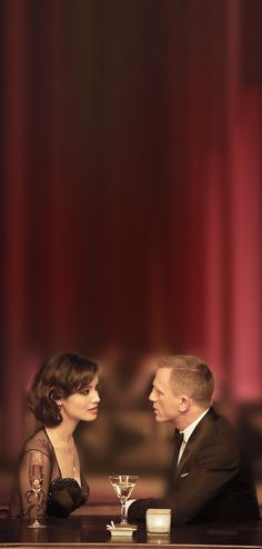 Severine and Bond in Skyfall Rachel Weisz, Skyfall, Daniel Craig James Bond, Craig 007, Best Bond, James Bond Movies, Cinema, Bond Girls, Glamour