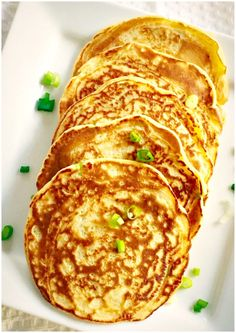 Easy potato pancakes recipe with dill and spring onions, the best treat for Pancakes Day or Mardi Gras. They make a brilliant vegetarian breakfast anytime. Leftover Mashed Potato Pancakes, Savory Pancakes, Pancakes And Waffles, Dill Recipes, Gourmet Recipes, Potato Recipes, Vegetarian Snacks, Vegetarian Breakfast, Tasty Thai