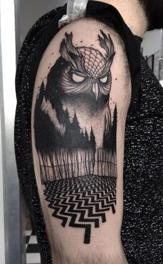Owl tattoo. By Prakash at Gallon Tattoo, Stockholm, Sweden