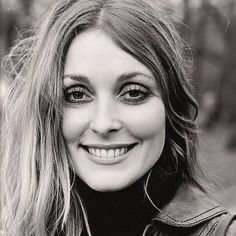 Sharon Tate was so beautiful. Sharon Tate, Charles Manson, Roman Polanski, Beautiful Soul, Most Beautiful Women, Beautiful People, Beautiful Pictures, Absolutely Stunning, Vintage Hollywood