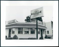 The Round House at 13th and Tilghman in Allentown, PA. was around the corner from my home on Washington St. Many meals here & sorry it's closed.
