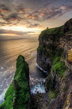 Cliffs in HDR