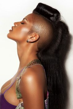 Black women look perfect while trying different hair styles. Here are some Long Hairstyles For Black Women which make them pretty and sexy and generate a My Hairstyle, Curled Hairstyles, Braided Hairstyle, Estilo Swag, Cassie Ventura, Short Hair Styles, Natural Hair Styles, Natural Beauty, Shaved Sides
