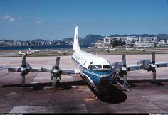 VARIG - Electra da Ponte Aérea em 1970.    https://www.facebook.com/Guarantiga/photos/a.490233921007939.115673.490210317676966/1038809139483745/?type=1&theater