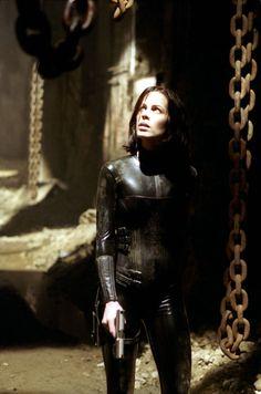 Kate Beckinsale as Selene in Underworld.