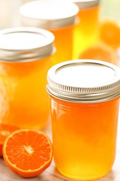 Orange Jelly Recipe - A bright burst of sunshine in a jar! It's quick and easy to make and a hundred times better than storebought - you'll love this jam! Recipes step by step Orange Jelly; Sunshine in a Jar! Jelly Recipes, Fruit Recipes, Easy Jam Recipes, Satsuma Recipes, Cooking Jam, Apple Jelly, Apple Jam, Marmalade Recipe, Sweets