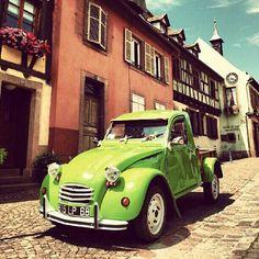 Pick-Up 2CV by @Arnaud - taken by @citroen_arg - via http://instagramm.in