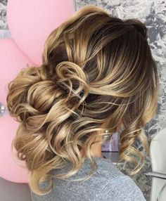 low messy updo bridal hairstyle inspiration #weddinghair #updo #upstyle #weddinghairstyle #hairstyle #hairideas #updohairstyle