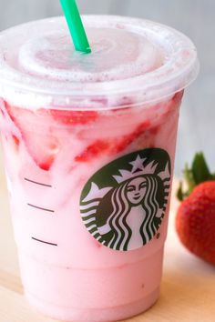 Vegan Starbucks drinks you can have all year round! With their great menu, Starbucks has made it easier for vegans! Read our top favorite vegan Starbucks drinks Pink Drink Recipes, Pink Drinks, Yummy Drinks, Healthy Drinks, Yummy Food, Starbucks Pink Drink Recipe, Low Calorie Starbucks Drinks, Low Calorie Alcoholic Drinks, Healthy Starbucks Options