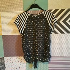 Aerop Open Back Shirt Aeropostale brand, black/white, sheer open back with slit and tie at the bottom, great condition, size XL. Aeropostale Tops