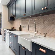 Kitchen Diner Extension, Open Plan Kitchen Diner, Open Plan Kitchen Living Room, Kitchen Dining Living, Kitchen Room Design, Modern Kitchen Design, Home Decor Kitchen, Interior Design Kitchen, Home Kitchens