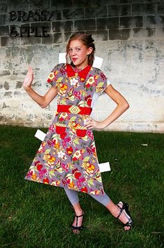 Brassy Apple: DIY girls Halloween Costume - paper doll