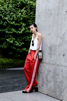 41 Pretty Fashion Ideas For Your Wardrobe This Fall – New York Fashion New Trends Lazy Outfits, Cool Outfits, Summer Outfits, Fashion Outfits, Fashion Trends, Fashion Joggers, Adidas Fashion, Sport Chic, Bape