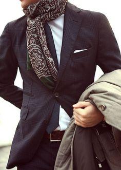 Nice scarf www.leonknife.com #leonknife