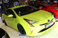 2015 Toyota Prius | Lowered, Slammed, JDM, Hellaflush, Stance