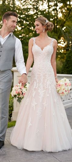 Wedding Dress by Stella York Spring 2017 Bride Collection . - Wedding dress from Stella York spring 2017 bridal collection - Best Wedding Dresses, Bridal Dresses, Wedding Gowns, Lace Wedding, Trendy Wedding, Mermaid Wedding, Spring Wedding, Dresses Dresses, Wedding Venues