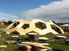 This brilliant geodesic dome was designed by Danish architect Kristoffer Tejlgaard and engineer Henrik Almegaard to be put up and deconstructed for Roskilde Festival Geodesic Sphere, Temporary Structures, Architecture, Pavilion, Outdoor Gear, Tent, Living Spaces, Building, Modern