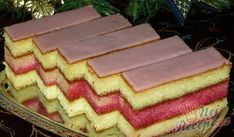 Janka's punch cuts - Food and Drink Slovak Recipes, Czech Recipes, Czech Desserts, Delish Cakes, Sweet Cooking, Good Food, Yummy Food, Vegetarian Breakfast Recipes, Small Desserts