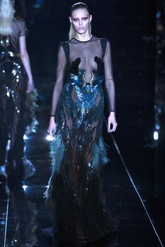 Feather and Gloss, wings gown by Gucci   Fall 2013 Ready-to-Wear Collection   Style.com