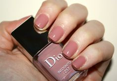 Dior Incognito - nude nail colors