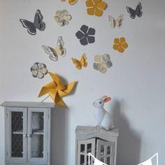 Stickers  papillons et fleurs - gris et jaune - décoration chambre enfant bébé fille garçon