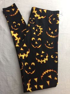 Modern Lux NWT Woman's Xsmall XS Black Halloween Leggings Pumpkin Jackolantern  #ModernLux