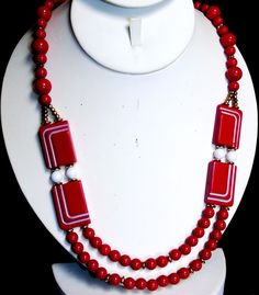 Vintage Classy Art Deco Design Red and White Thermoset Beaded Necklace…