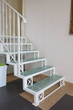 Stair Risers, Stair Railing, Staircase Design, Spiral Staircase, Steel Stairs, Pooja Rooms, Iron Decor, Canopy Design, Steel Structure