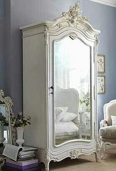 """Nowadays, more and more people are utilizing the """"shabby chic"""" approach to interior design and decoration. Style At Home, French Armoire, White Armoire, Vintage Armoire, Vintage Closet, Bedroom Vintage, French Mirror, Painted Armoire, Vintage Wardrobe"""