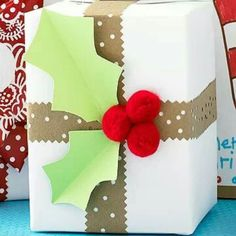 Countdown to Christmas: Crafts, Food and DIY Gifts: Holly Leaf Gift Wrap Christmas Gift Wrapping, Diy Christmas Gifts, Holiday Gifts, Christmas Decorations, Creative Gift Wrapping, Creative Gifts, Wrapping Ideas, Wrapping Gifts, Christmas Countdown