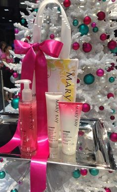 New for Fall 2014. Mary Kay Satin Hands Pampering Set in Pomegranate scent. www.markay.com/abrown9